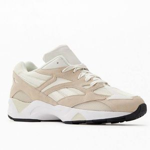 Reebok Aztrek 96 Sneakers- Cream, White, size 8